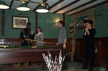 English Pub with Vinesong